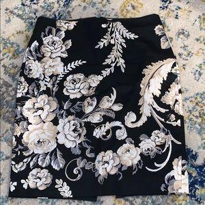 White house black market skirt, size 0.